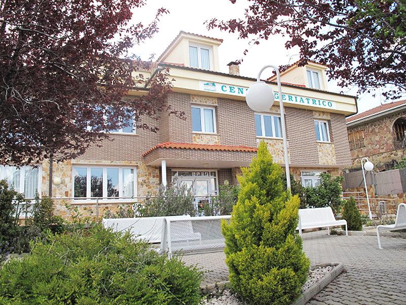 Residencia para personas mayores en  Soria