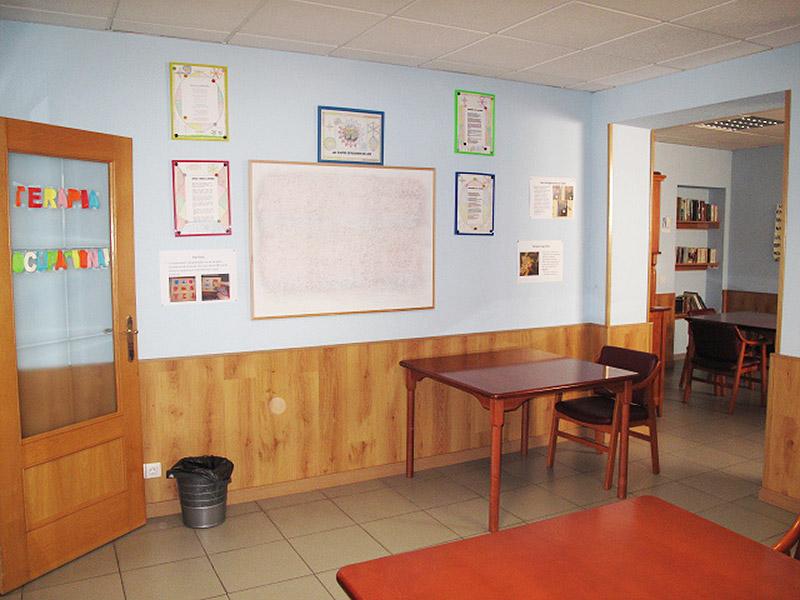 Sala terapia ocupacional y actividades